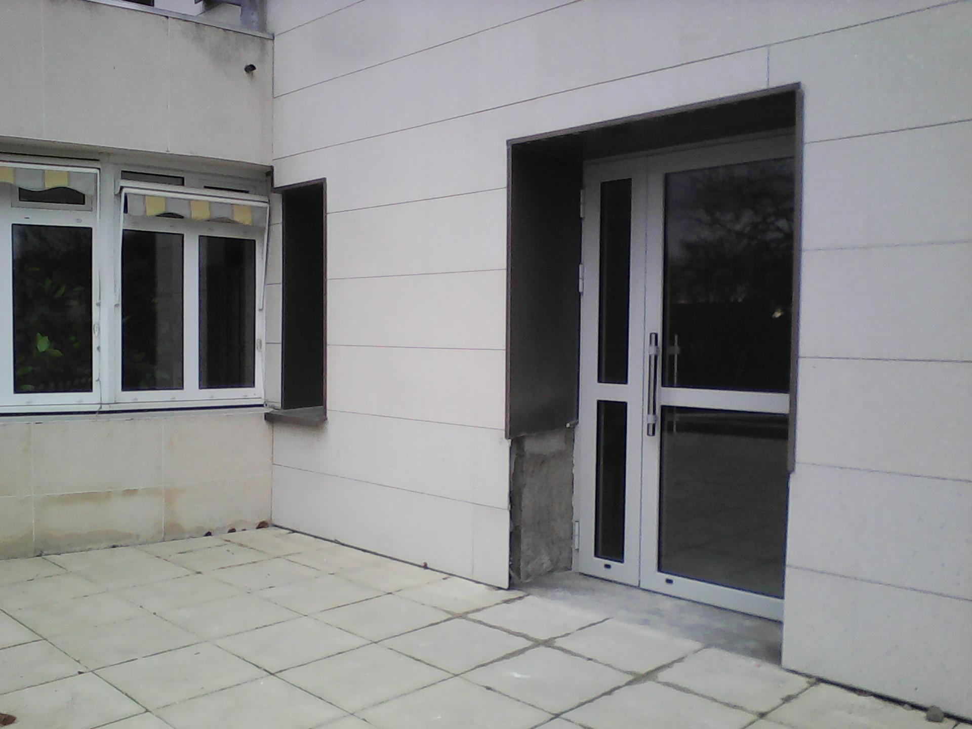 Transformation d'un fenêtre en porte