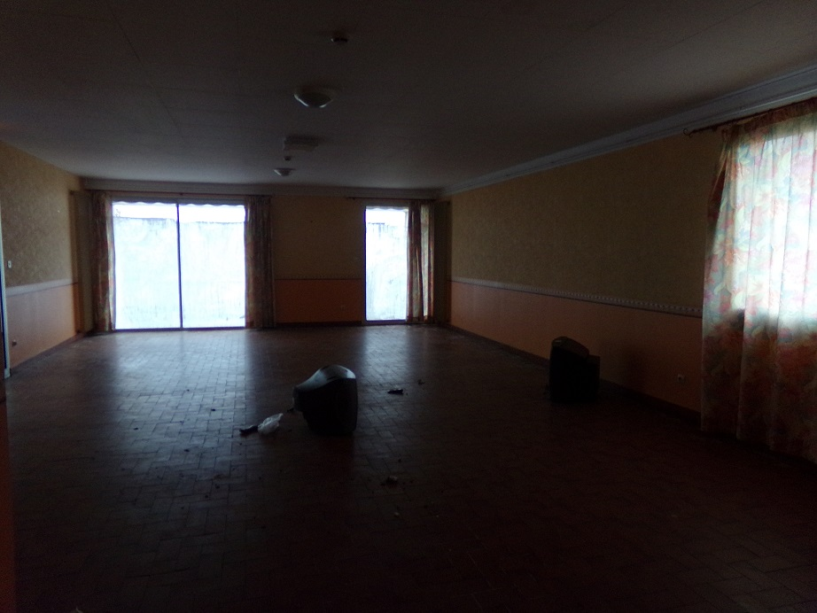 Salle de repas - salle de loisirs